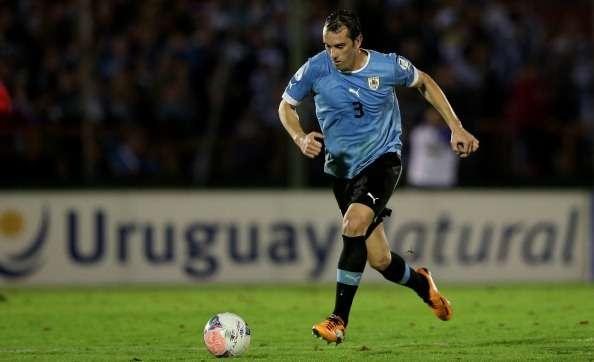 Diego Godin partido Uruguay Jordania