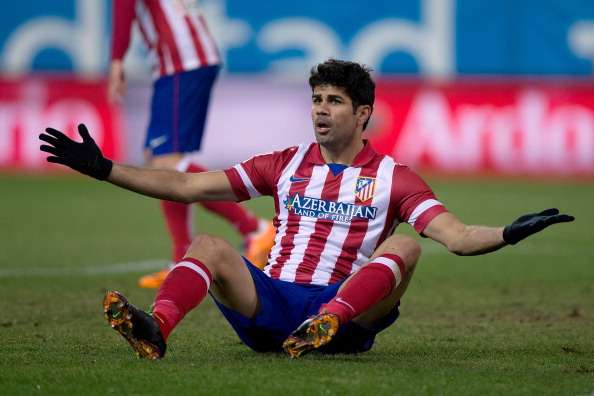 Diego Costa stretchered off with tibia injury
