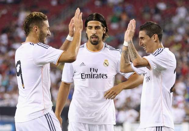 Benzema, Khedira y Di María, durante el partido ante los Galaxy