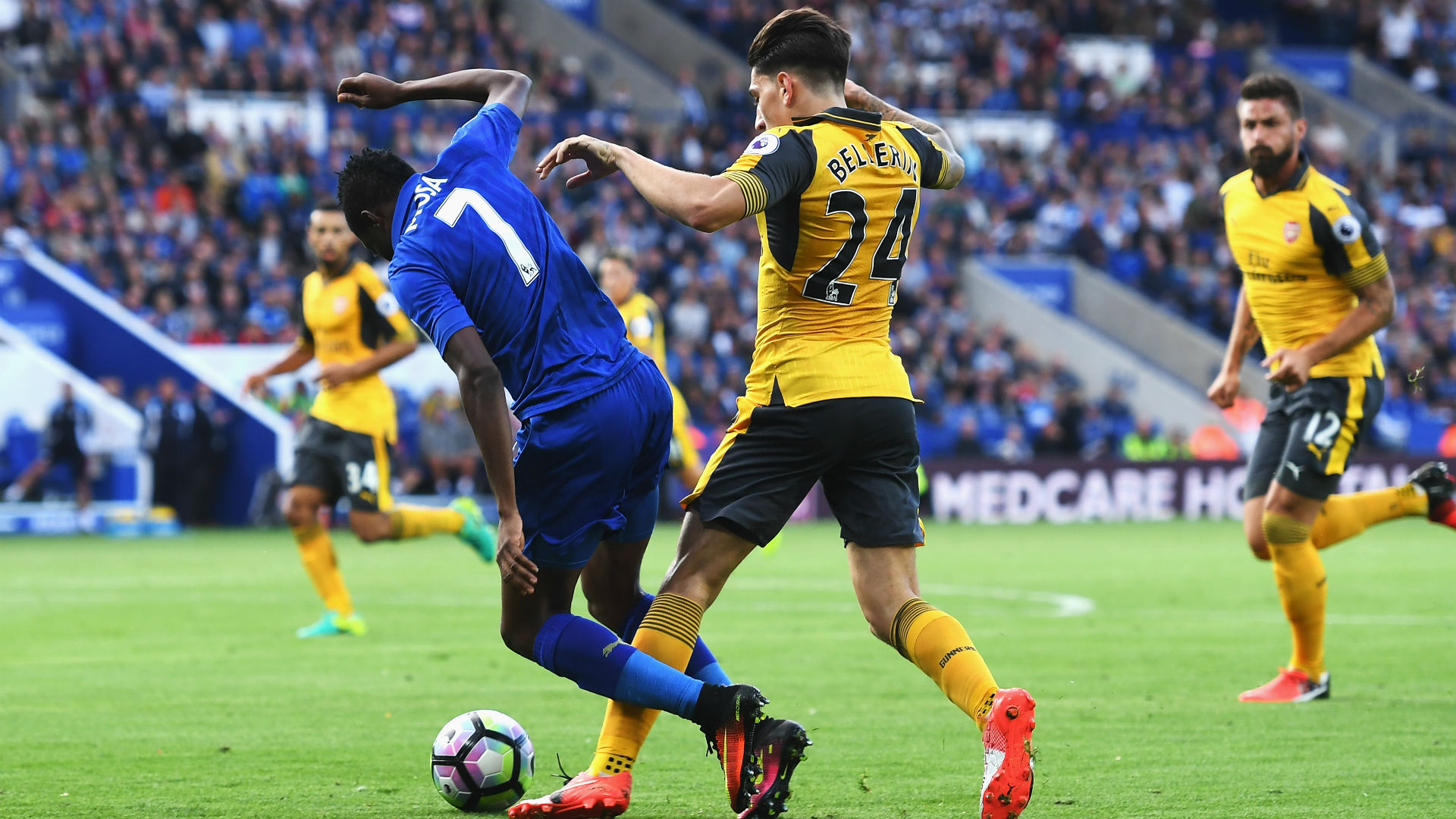 Ahmed Musa Hector Bellerin Premier League Leicester Arsenal Vs
