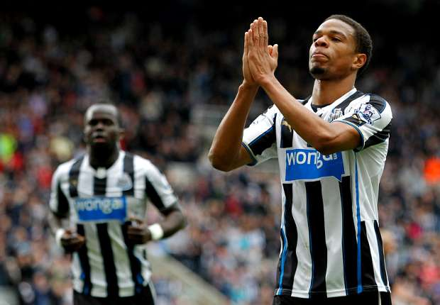 Cole blasts Pardew over Remy departure