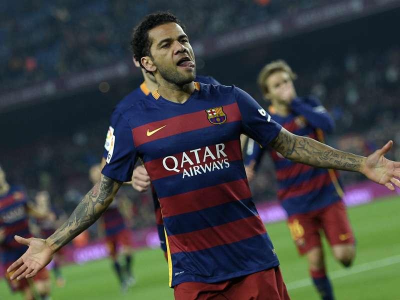 """Barça, Alves aux médias : """"Vous êtes des ordures"""""""
