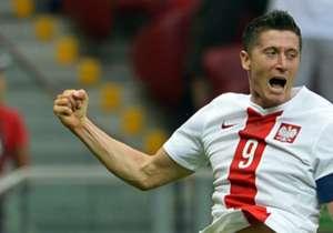 <strong>Robert Lewandowski | Poland</strong><br /><strong>Goals:</strong> 13<br /><strong>Minutes Played:</strong> 876