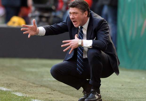 Inter must stick with Mazzarri, insists Jonathan