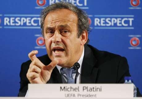 Platini Sudah Mohon Blatter Tak Pimpin FIFA