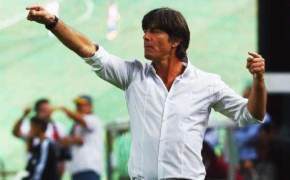 Bundestrainer Joachim Löw wird bei der WM 2014 voraussichtlich mit Miroslav Klose und Mario Gomez planen können