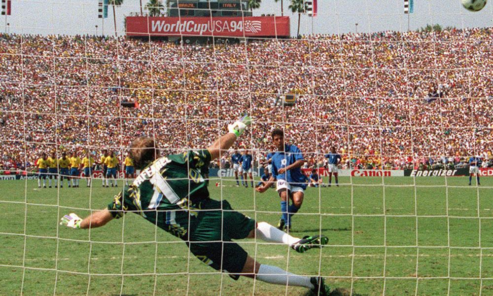 Claudio Taffarel Roberto Baggio Italy Brazil World Cup 1994