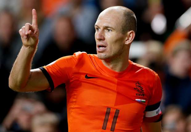Van Persie, Robben & Sneijder are a real threat, admits Martinez