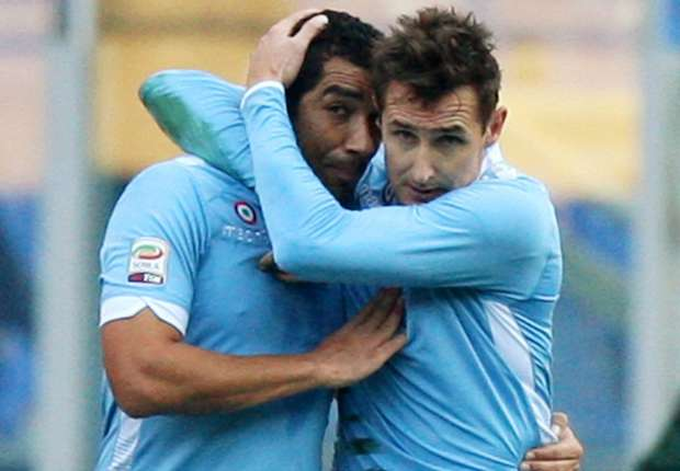 Lazio striker Klose talking to other clubs, confirms agent