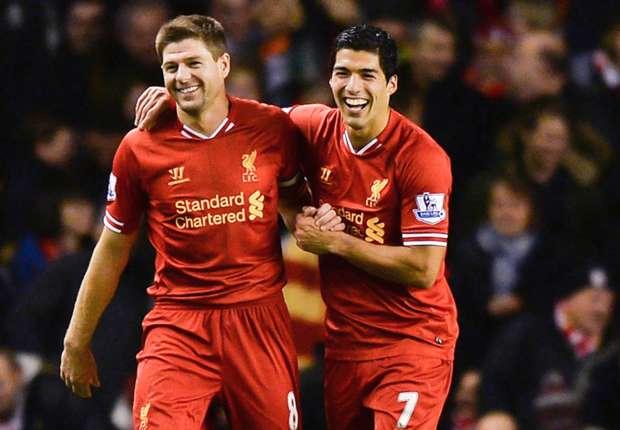 Gerrard lauds 'Liverpool legend' Suarez