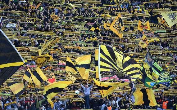 Wenige Borussia Dortmund-Anhänger übertrieben es vor dem Derby gegen Schalke 04