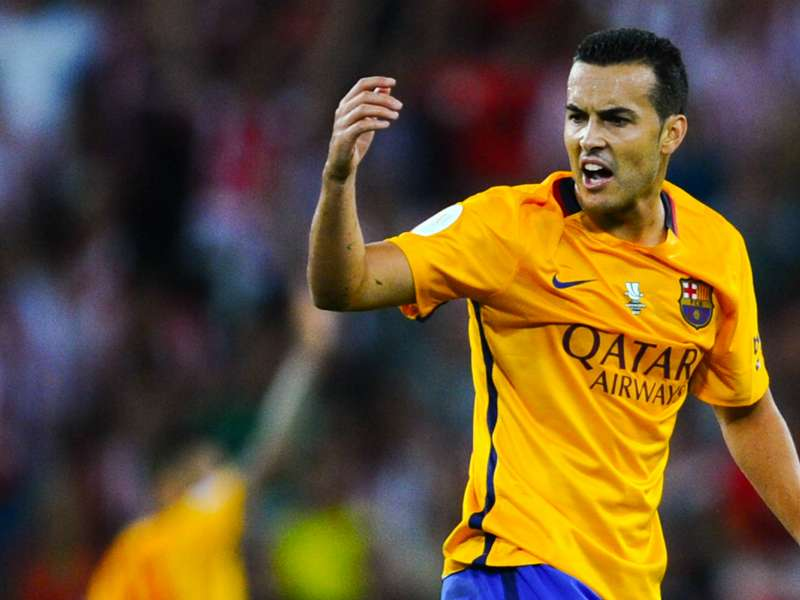 Pedro skips Barcelona training to complete Chelsea move