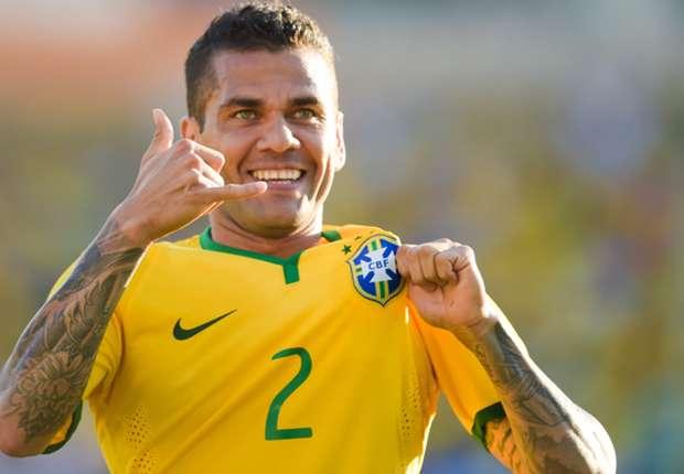 Dani Alves, internacional brasileño