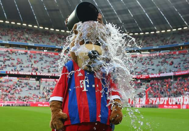 AVB, Ronaldo, Messi, Mourinho - Football's best ALS Ice Bucket Challenge videos