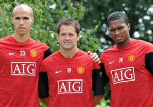 On June 20, 2009   Manchester United announced the signing of Antonio Valencia from Wigan Athletic.