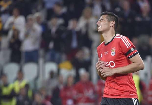 Oscar Cardozo, Benfica.