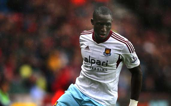 Everton close in on £3.5m signing of West Ham midfielder Diame