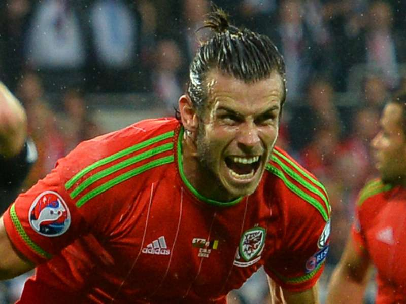 Wales rise to 10th in Fifa rankings as Argentina take top spot