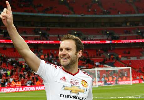 Man Utd 'natural habitat' for Mata - Mou