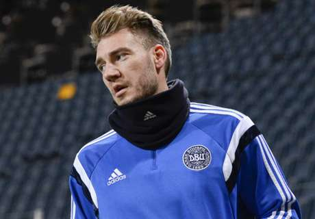 RUMOURS: QPR make Bendtner offer