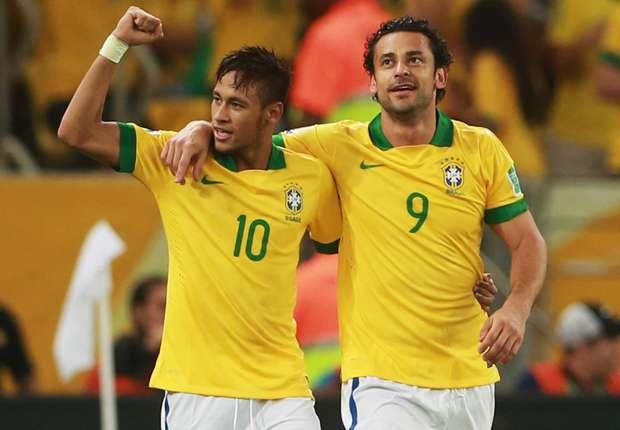 Brasiliens Stürmer Neymar und Fred