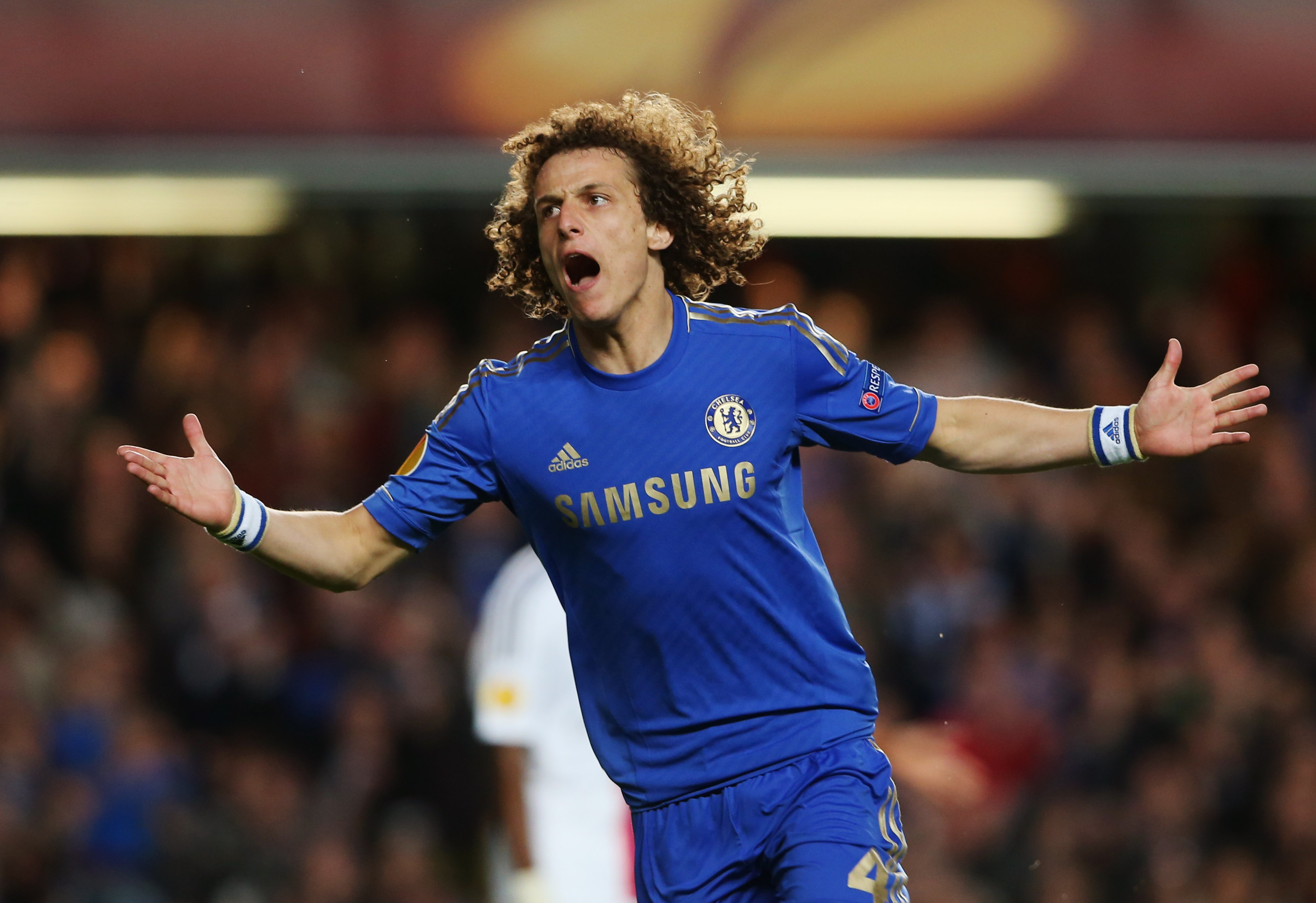 OFFICIAL: Chelsea Re-sign David Luiz From PSG For £38m