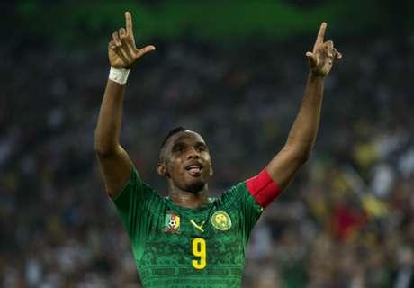 Samuel Eto'o congratulates Cameroon