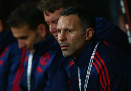 RUMORS: Giggs close to Swansea job