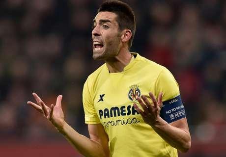 El Villarreal explota contra el árbitro