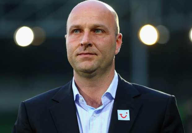 Dirk Dufner will neue Spieler für Hannover 96