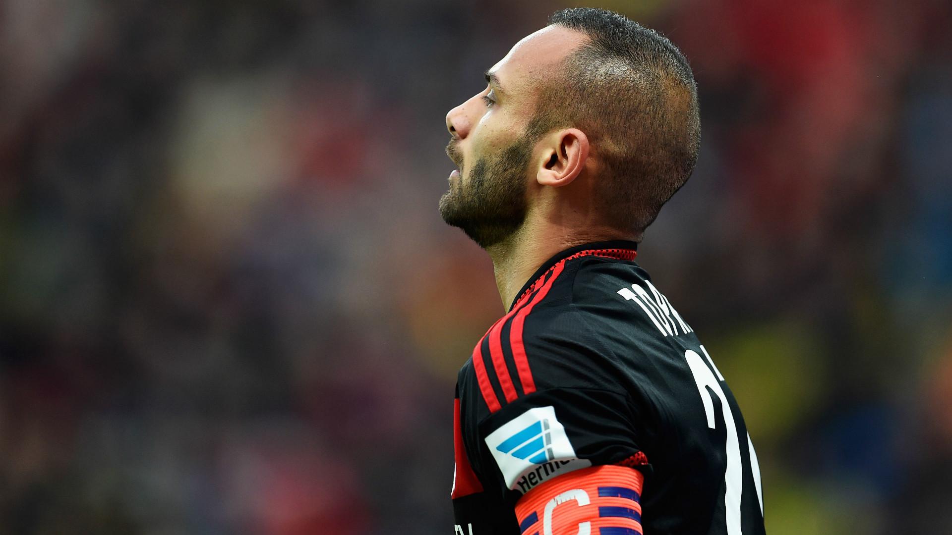 Leverkusen's Toprek to switch to Dortmund in summer