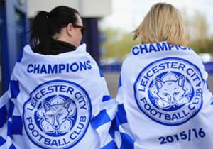 Leicester City players made their first public appearance since winning the Premier League title to visit an Italian restaurant for lunch.<br><br>Players, manager and boardmembers were all in attendance as the celebrations of their 5,000-1 success cont...