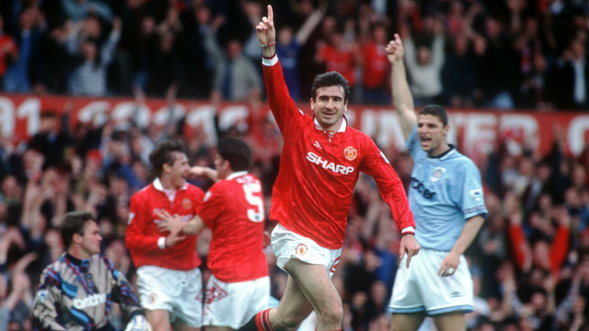 Eric Cantona Manchester United v Manchester City 1994