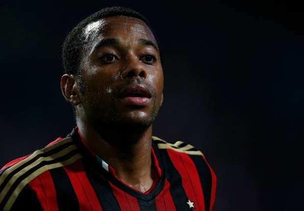 Official: Milan's Robinho joins Santos on loan