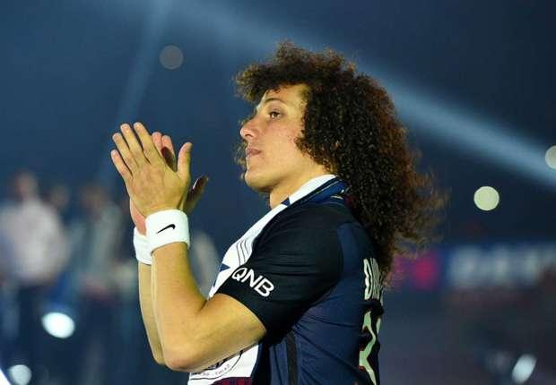 David Luiz in London to clinch €45m Chelsea return