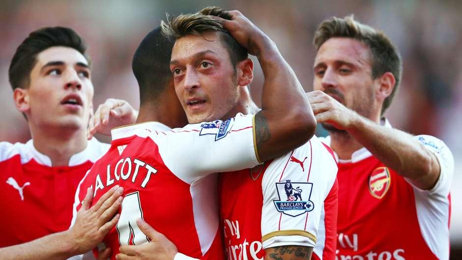 Mesut Ozil Arsenal Stoke City Premier League 12092015