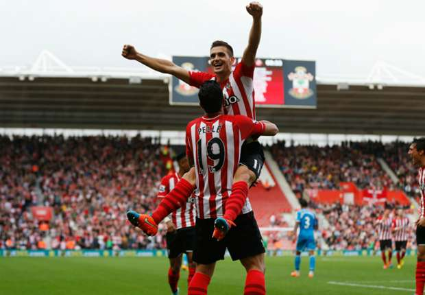 Southampton 8-0 Sunderland: Pelle & Tadic lead rampant Saints to emphatic win