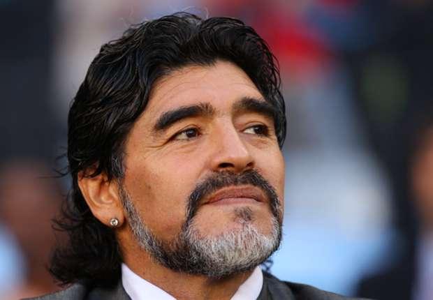 Maradona: Higuain can win Napoli Serie A