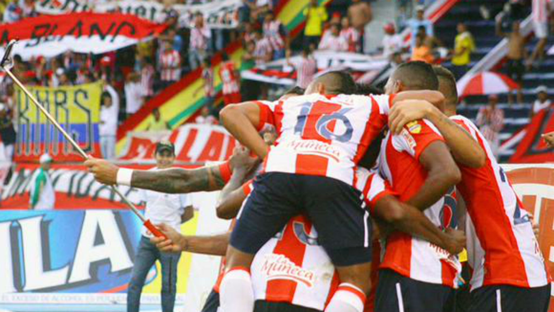 Comienza en Barranquilla el juego entre Junior y América de Cali