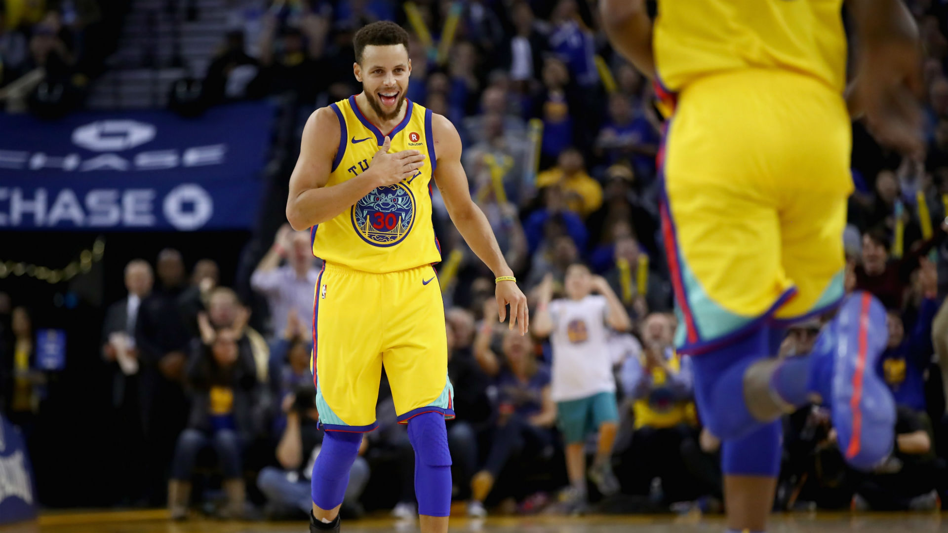 Warriors beat Spurs in Game 1 of NBA Playoffs