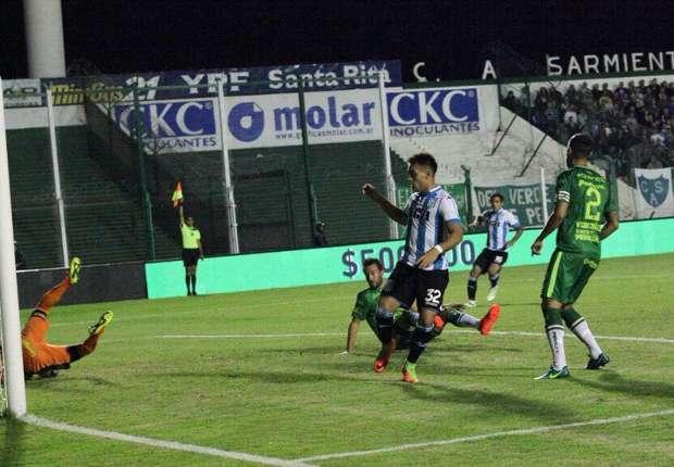 Racing venció a Sarmiento y no afloja
