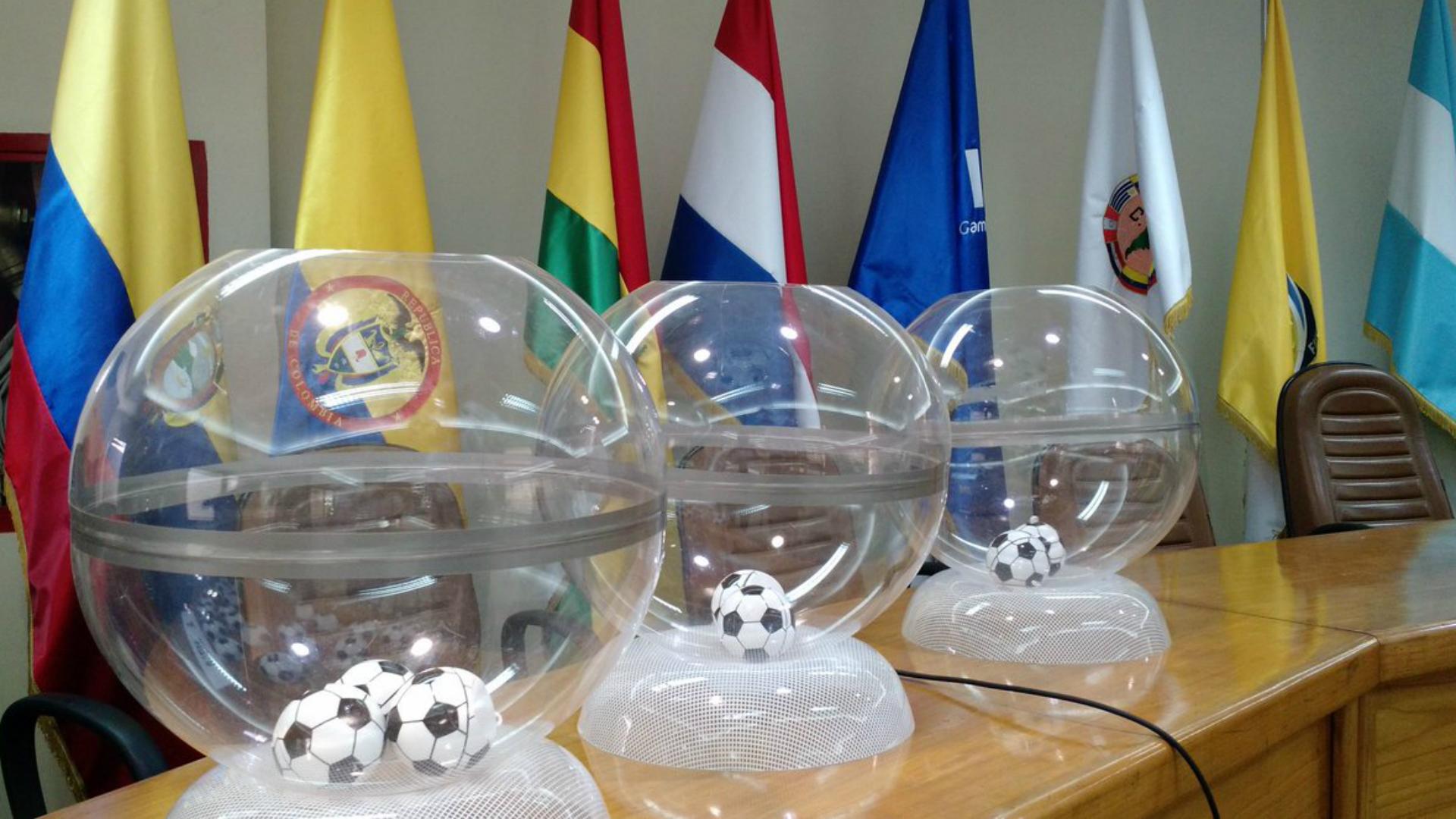 Los secretos detrás de los contratos de las estrellas del fútbol