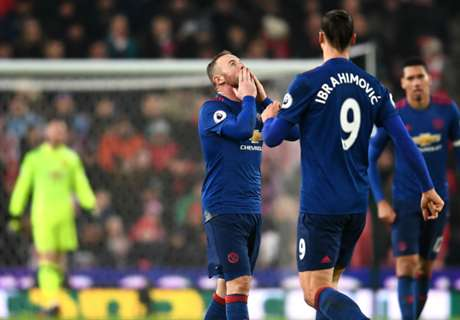 Rooney salvó el invicto del United