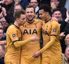 Tottenham avanza con un triplete de Kane