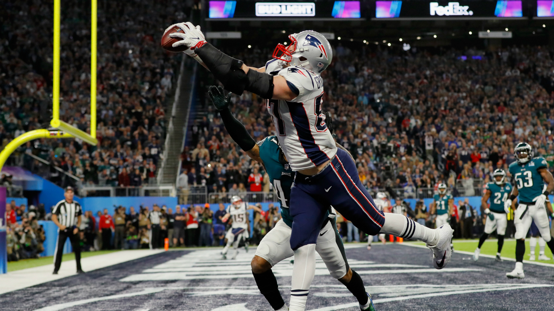Patriots, Rob Gronkowski reportedly closing in on new deal