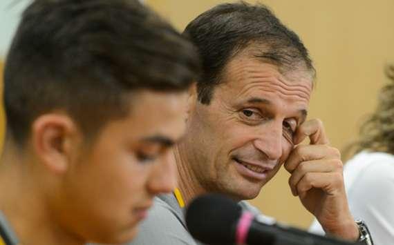 """Allegri : """"Il faut arrêter de comparer Dybala à Messi ou Ronaldo"""""""