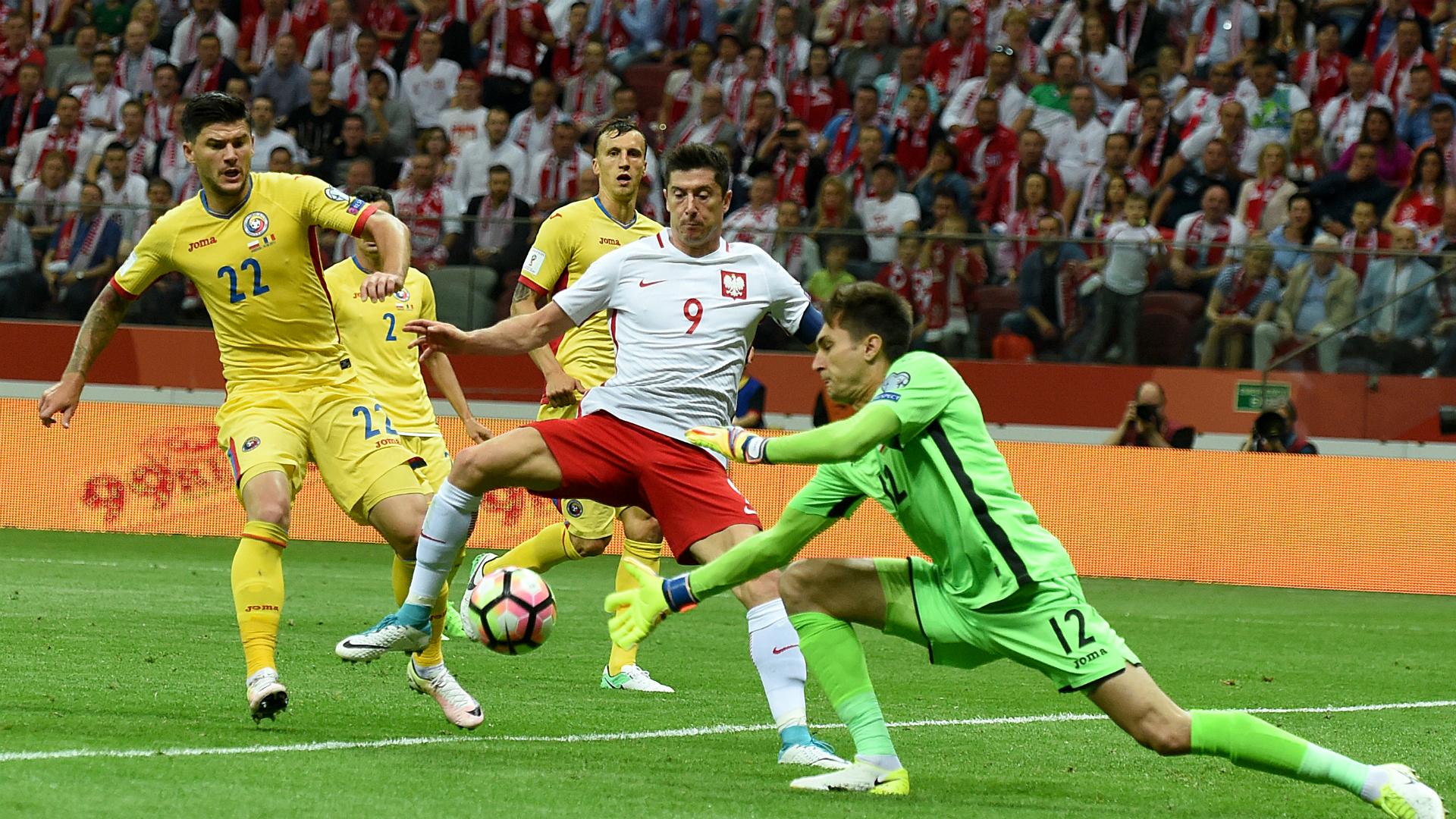 Rumania visita a Polonia antes del duelo con Chile — En vivo