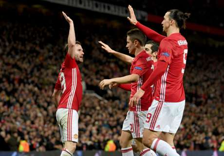 Mata strike sends United through