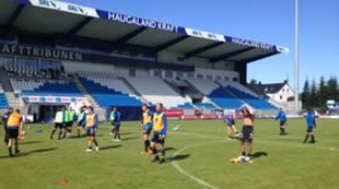 Trening på stadion før E-cup 2