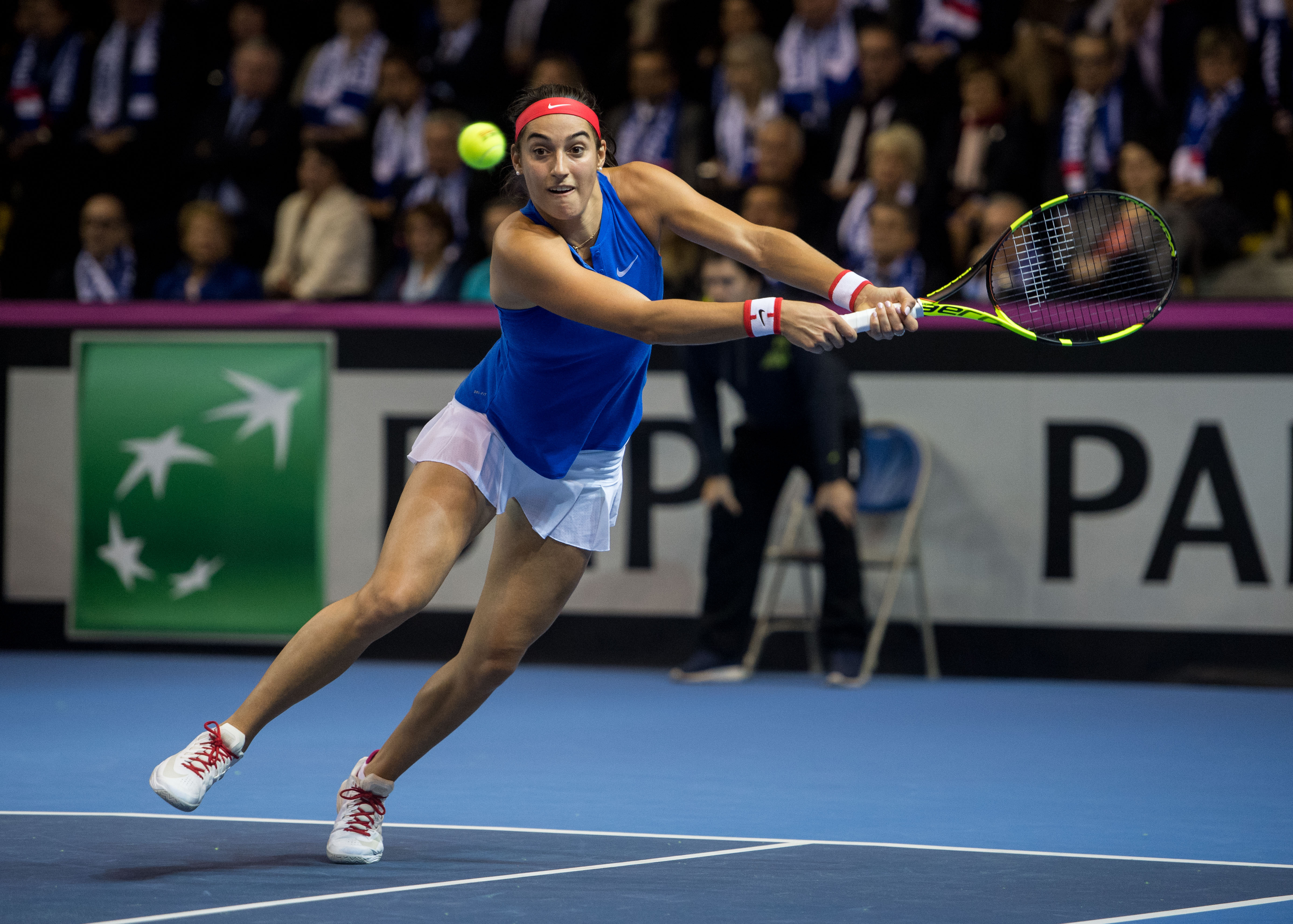Caroline Garcia's forehand crosscourt winner is Saturday's shot of the day at the 2016 Fed Cup Final